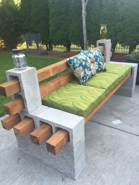13 DIY Patio Furniture Ideas that Are Simple and Cheap ... Extra seating idea fo...