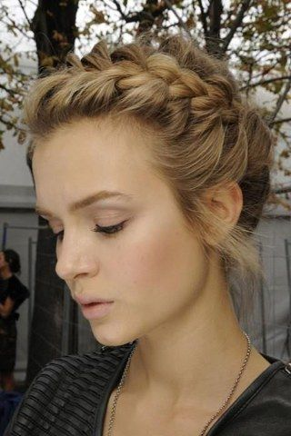 Nice hairstyles for the Oktoberfest: The most beautiful Oktoberfest looks for long hair ...