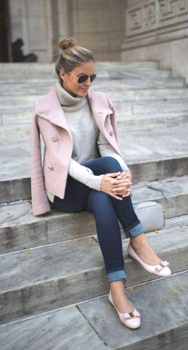 Best 46 Casual Chic Winter Outfits For Women #CasualChicWinter #CasualOutfits #C...