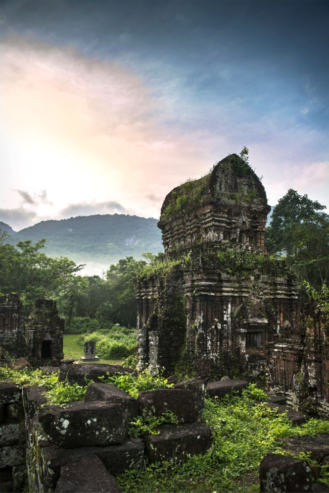 My Son Temple: Vietnam's Hidden Ruins. #Takemehere #travelphoto #culture #Asia...