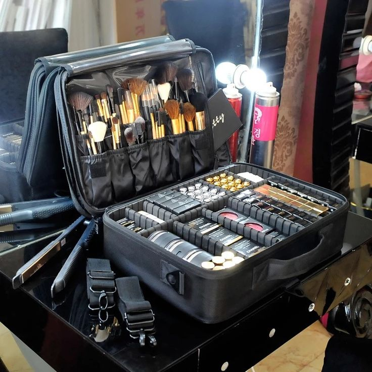 High Quality Professional Makeup Organizer Cosmetic Travel Case/ Large Capacity ...