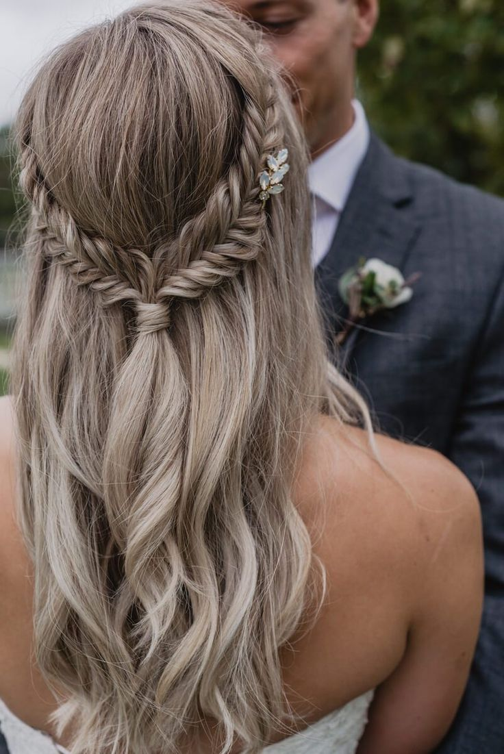 Fishtail Braid - Bridal Hairstyle #Wedding Hair #Wedding Hairstyle #Bride Hairstyle ...