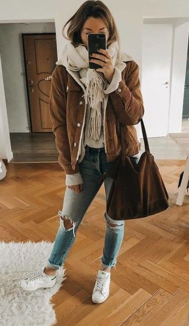 50 casual outfits for winter #casualoutfits #dailyfeedpins.com #WinterOutfits #W...