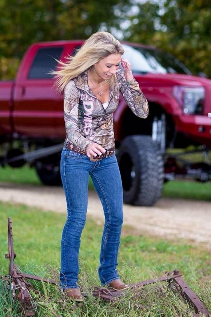 There's Something Special About a Country Girl (29 Photos) - Suburban Men