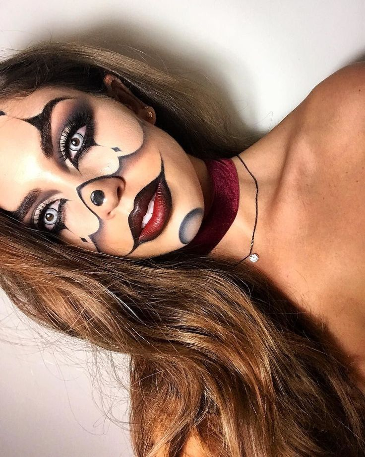 Halloween makeup, Clown Inspired. Velour Lashes in Fluffn' Whispie via Canel...