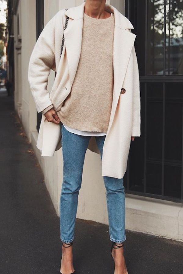 Simple everyday denim outfit. Blue jeans with beige sweater and beige coat #jean...