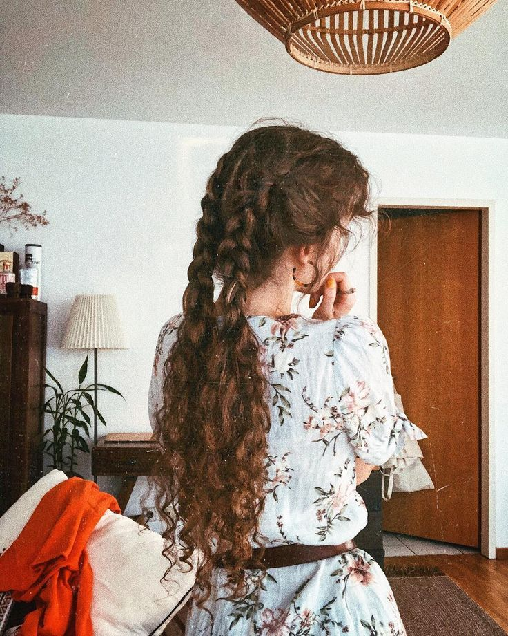 "AYLA. on Instagram: ""half braids are my favorite"" #on #AYLA #favorite #h ..."