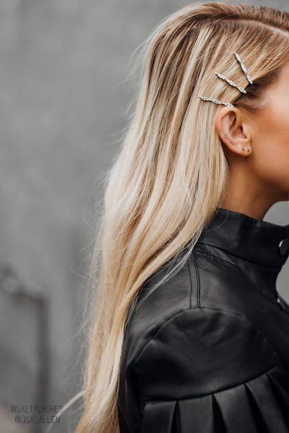 Hair clip | Leather jacket | Blonde hair | Sparkly | Earrings | Inspiration | Mo...