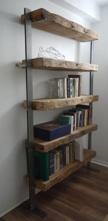 Regenerated bookcase made of wooden beams & steel - #amp #aus # bookcase #hol ..., # 2x4WoodP ...